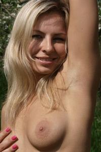 Laura J 6