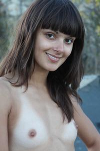 Elena R 1