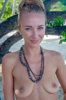 Renata A